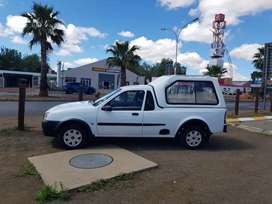 Ford Bantam 1.3i A/C with Canopy