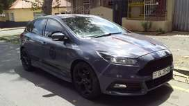 Ford Focus 2.0 S.T