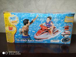 Детский надувной водный скутер с мотором