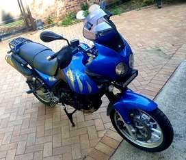 2005 Triumph Tiger with topbox in good condition