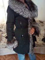 Продам стильное женское зимне-осеннее пальто, воротник чернобурка
