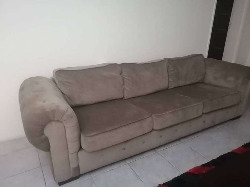 3 Seater Couch 0