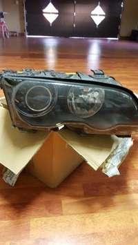 Image of M3 right side head light
