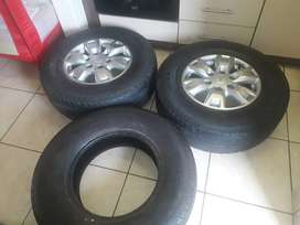 4×4  CONTINENTAL tyres