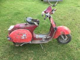 Vespa stripping for spares and parts