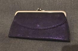 Torebka mini kopertówka fioletowy błyszczący materiał