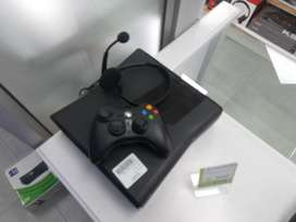 XBOX 360 S With Accessories