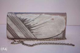 Продаю новую сумочку-клатч не дорого!!!