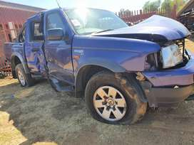 Ford Ranger 2.5 wl stripping for parts