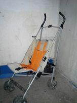Продам летнюю коляску-трость.