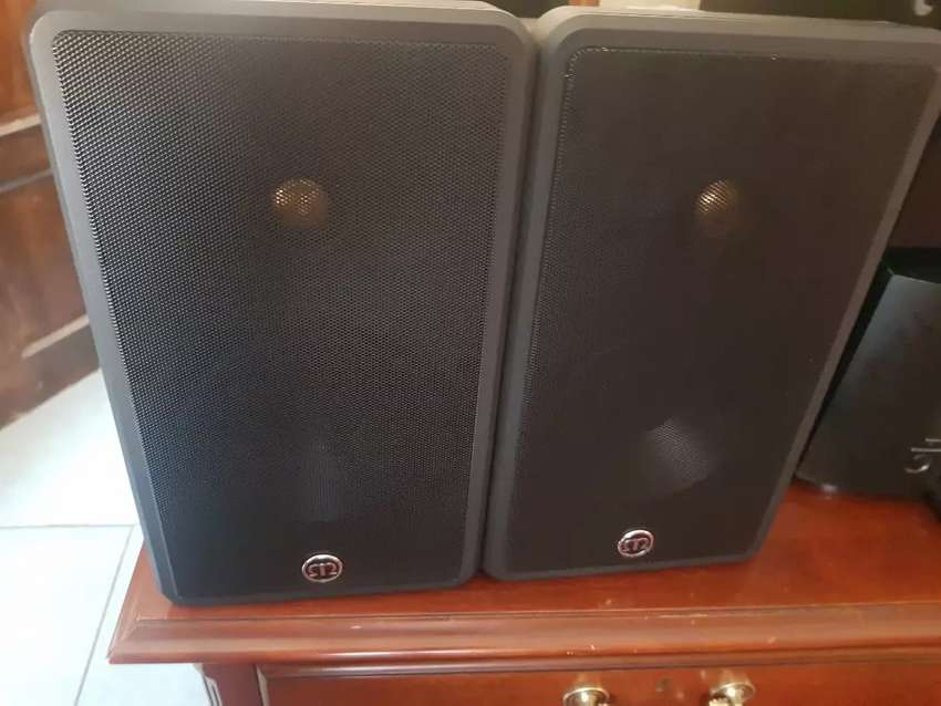Monitor audio climate 60 speakers