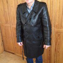 Milicyjny płaszcz krótki ze skóry z lat 70