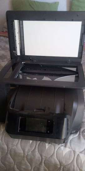 Hp office jet pro 8725- 8 month old