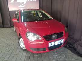 VW POLO  SEDAN 1.6 ENGINE CAPACITY