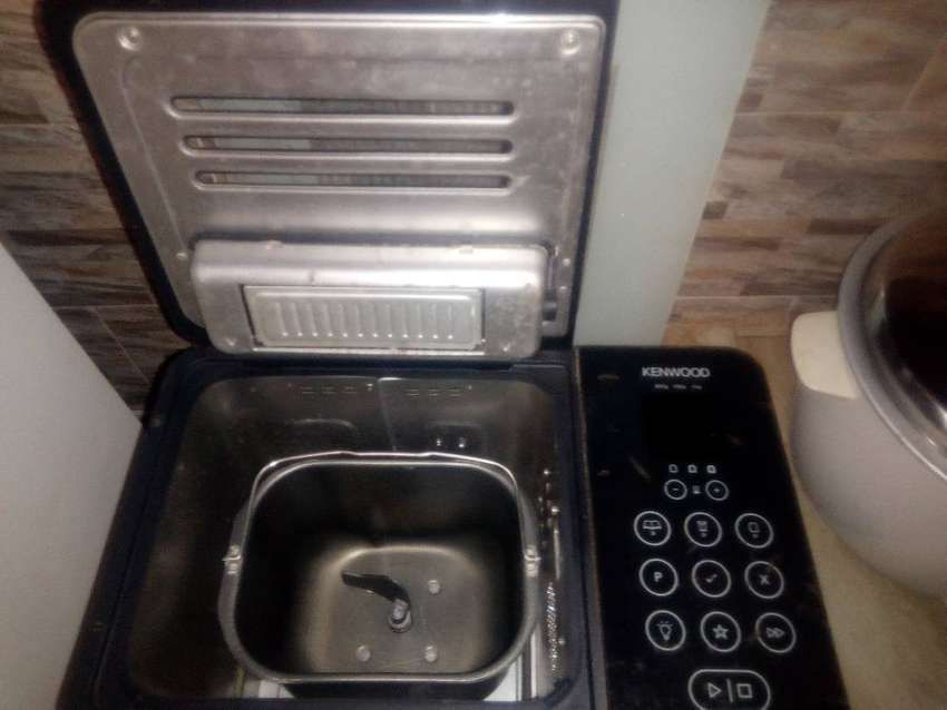 Bread maker 0