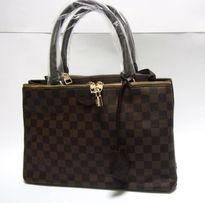 Damska torebka kuferek torba w szachownicę brązowa