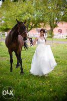 Suknia ślubna + halka i koła, roz. 36-38