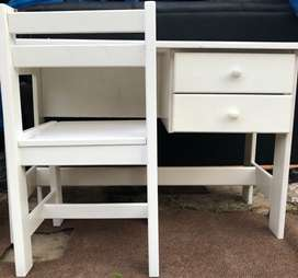 Beautiful white desk and chair for sale