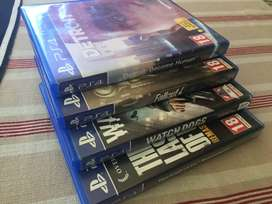 4 ps4 games in almost perfect condition