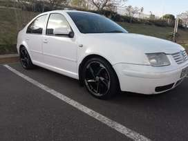 Selling Jetta 4 2.0 year model 2002