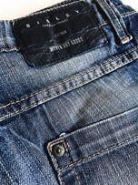 Классические темно синие гранджевые потертые джинсы sisley Sisley