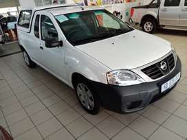 Nissan NP200 Aircon /Abs/canopy