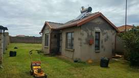 House To Let in Voslorus EXT 6  R 4,500