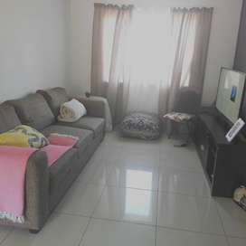 Flat to share pinetown
