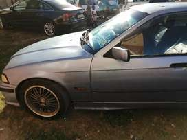 Am selling my BMW 3 series 1.6