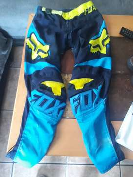 Fox offroad pants small as can see in pics R600 onco now R400