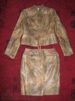 Костюм женский из экокожи, юбка и пиджак, размер 48