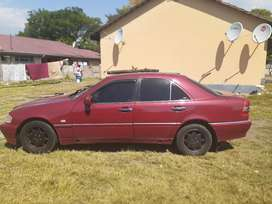W202 C180 Breaking for spares