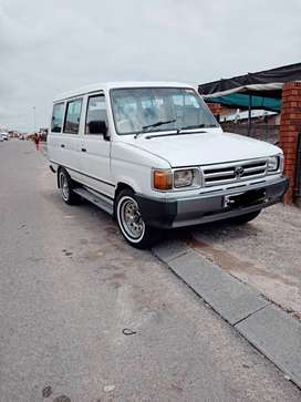 Toyota venture for sale!!