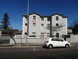 Neat 2 Bedroom Flat For Sale in Lower Wynberg