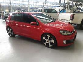 Volkswagen Golf Gti mag wheels R4000