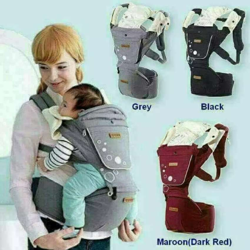 2in1 baby carrier with a hipseat 0