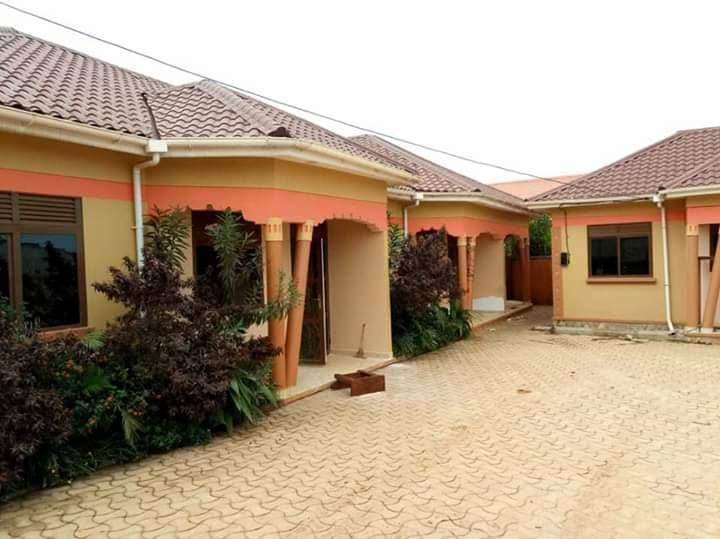 2 BEDROOMS HOUSE FOR RENT IN KISASI At 500k 0