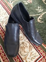 Продаю новые кожанные туфли на мальчика 37р-р