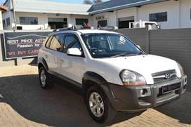 Well kept  Hyundai Tucson 2.0 GLS was R119950 now only R99950