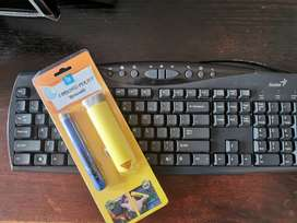 Genius Keyboard and retractable brushes