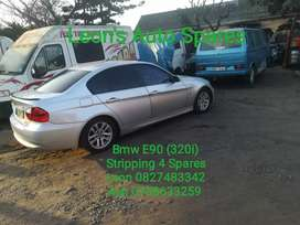 Bmw E90 (320i) stripping