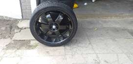 4 clean mags for sale , tyre size 295/ 30 R 22