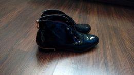 Eleganckie czarne botki sznurowane 39 czarne