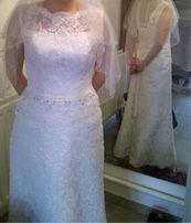 Suknia ślubna koronka wiązana rozm. M / 38 skromna