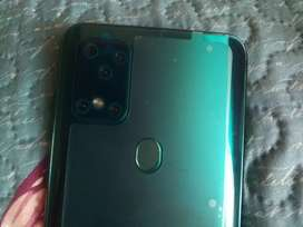 smartphone S20 Plus Brandnew .still in box.