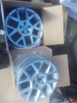 Polo vivo and tsi Brand new alloy mags size 15