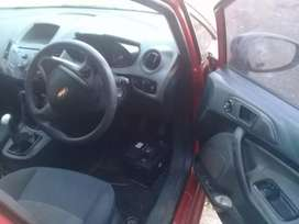 Selling ford fiesta 1.6 tdci it has problem of oil pump sell as it is