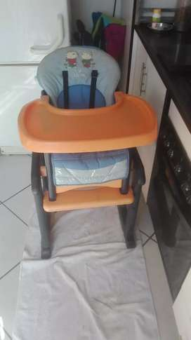 2 in 1 eating chair and toddler tabel