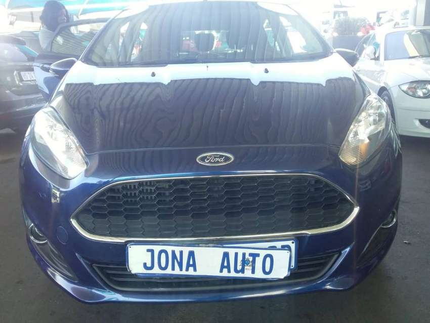 2012 Ford Fiesta 1.0 Ecoboost ,86 000km ,Blue ,Great Buy 0