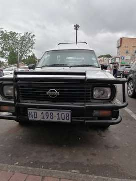 Nissan 1400 bakkie one owner from New DVD player allpine speakers